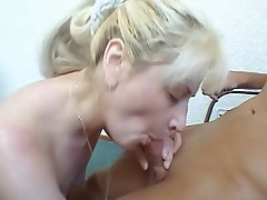 Midget MILF Old and Young Russian