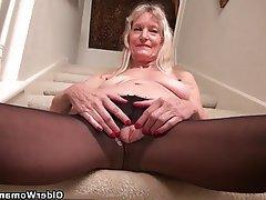 Mature MILF Granny Pantyhose