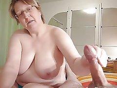 Amateur Cumshot Granny Handjob